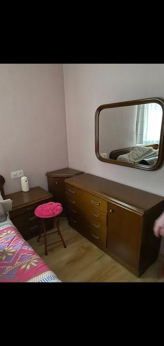 muebles dormitorio antiguos
