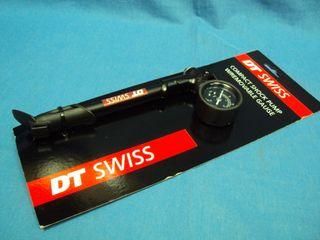 NUEVO. Bomba de suspension y amortiguador DT SWISS