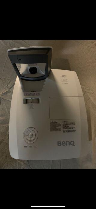Proyector benq mx827