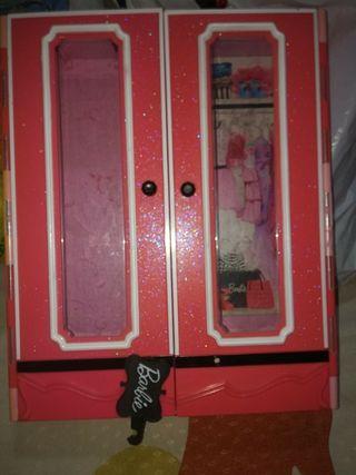 armario barbie style
