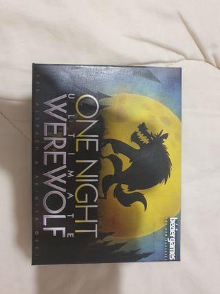 Juego de mesa one night ultímate werewolf
