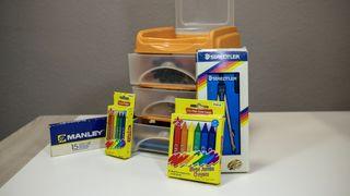 VENDO Pack escolar - Rotuladores, Compás, Pinturas
