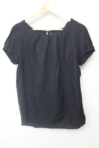 blusa mango corta