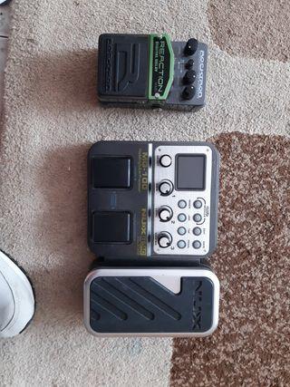 venta de 2 pedales de sonido para guitarra eléctr