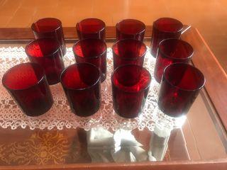 12 copas de vino en cristal rojo