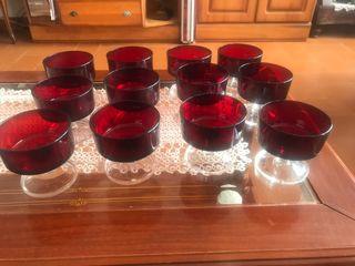 12 copas de cava en cristal rojo