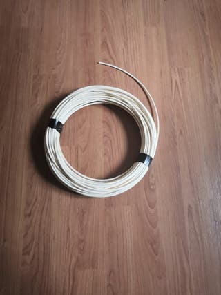 Cable fibra óptica sin conectores. +30 metros