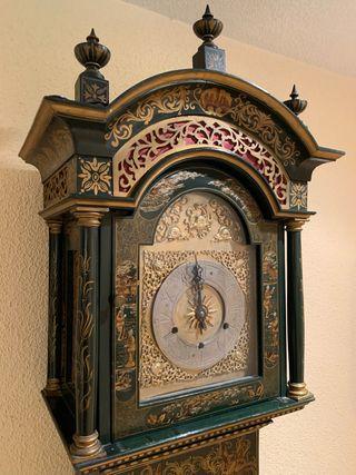 Reloj de pie caja de madera motivos chinos