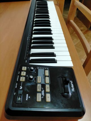 ROLAND A49 CONTROLADOR MIDI