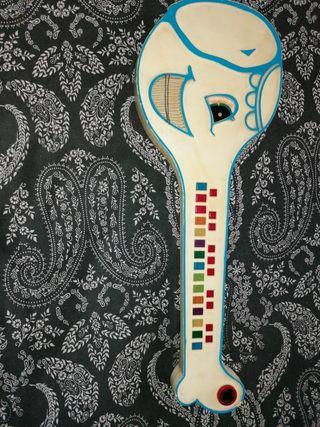 guitarra de elefante vintage