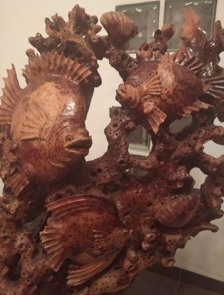 escultura de madera maziza