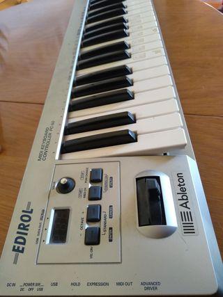 Teclado MIDI Roland