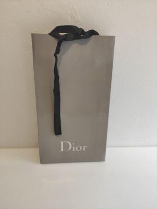 bolsa de papel de Dior