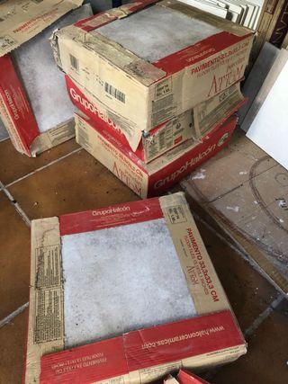 6 cajas de baldosa para exterior