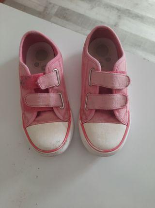 zapatillas rosas niña.talla 31