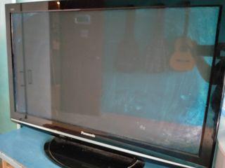 televisión de 50 pulgadas marca Panasonic