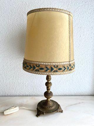 Lámpara mesita antigua