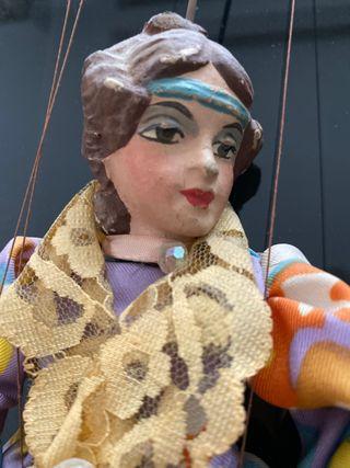Marionetas titelles pintura antiguo muñeca