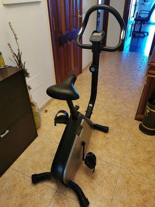 Bicicleta Estática Essential 2 Domyos