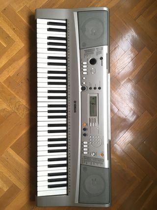 TECLADO MIDI YAMAHA PSR E313 CON FUNDA