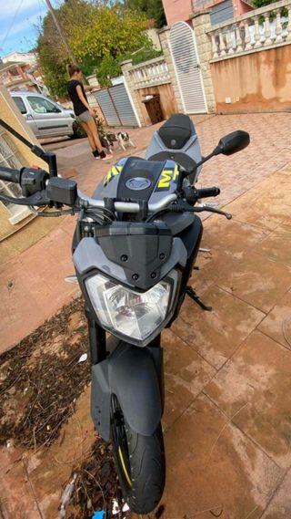 Moto Yamaha mt 125cc