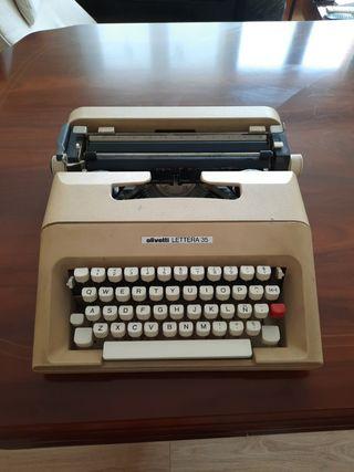 Venta de maquina de escribir Olivetti