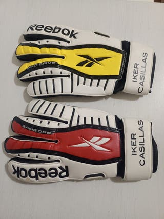 guantes de portero de fútbol reebok.