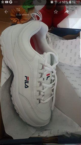 Zapatillas fila talla: 40