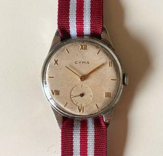 Cyma reloj antiguo