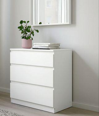Cómoda Ikea modelo Kullen