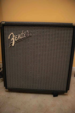 Fender Rumble 15 MUY POCO USO BASS/GUITAR
