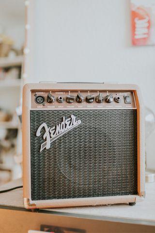 Amplificador de guitarra Fender Acoustasonic 15