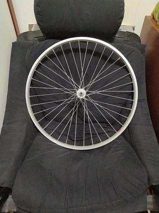 Rueda bicicleta delantera de 26 en buen Estado