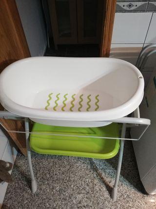 bañera con patas y bandeja inferior