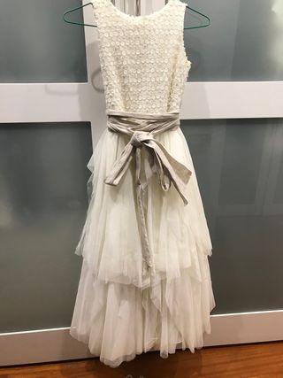 Vestido de comunión y zapatos