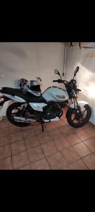 Moto Keeway RKS