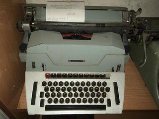 maquina de escribir hispano olivetti 84