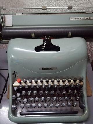 reliquia Máquina de escribir Olivetti