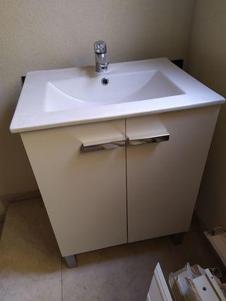 Conjunto mueble de baño.
