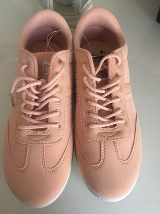 Zapatillas nuevas Rosas