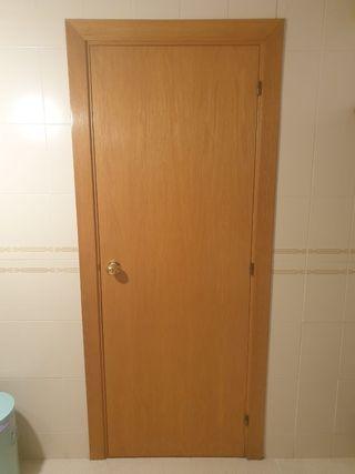 Puertas de madera para interior.