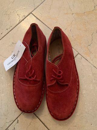 Zapatos niña cordones.Piel.Numero 29.George Rech