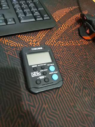 Metrónomo digital compacto Boss DB-30