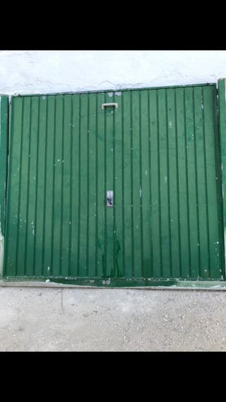 Puerta cochera basculante