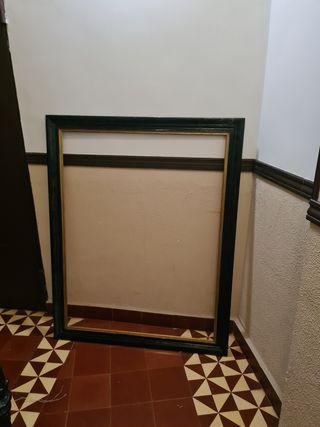 marco antiguo de madera