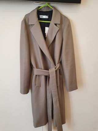Abrigo largo Zara
