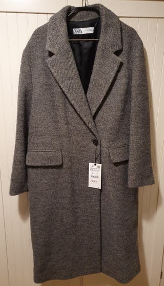 Abrigo gris oversize Zara