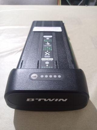 Batería Btwin bicicleta eléctrica. 24 V