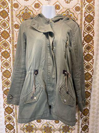 Abrigo parka verde khaki, talla 38, Dunnes