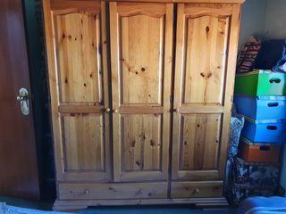 Armario ropero madera